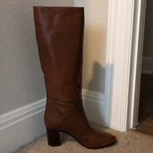 Chic Brown Leather Chloe boots
